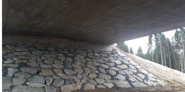 Ferdigplastret under Prestmyra bru